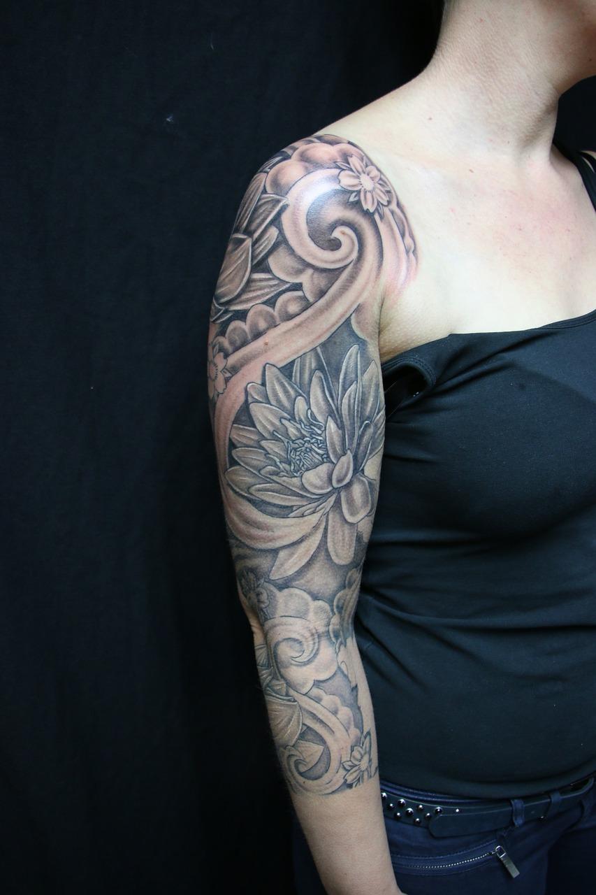 tattoo, flower, sleeve-631207.jpg